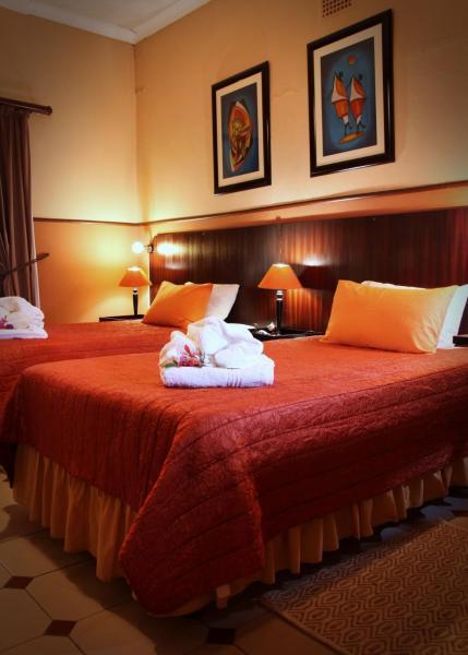 Luxury Twin Room 1