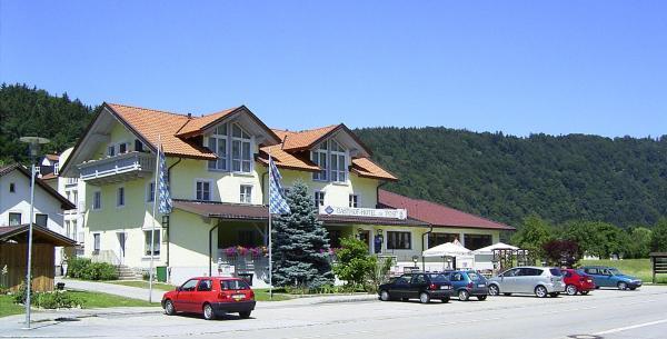 Hotel Pictures: Gasthof Hotel zur Post, Erlau