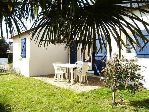 Hotel Pictures: Maisonnette Urielle, Saint-Gildas-de-Rhuys