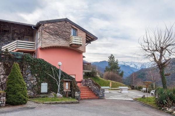 Hotel Pictures: Vacancéole - Residence La Souleille des Lannes, Seix