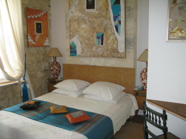 Hotel Pictures: L'Echoppe & Les Toiles, Carbon-Blanc
