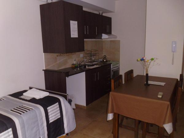 ホテル写真: Temporarios La Plata - Calle 62 entre 9 y 10, ラプラタ