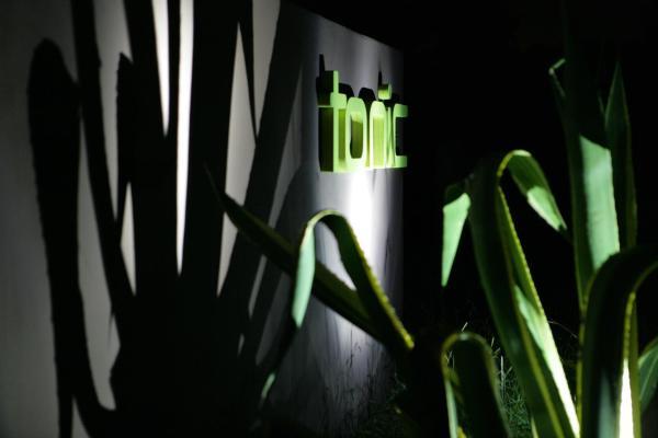 Фотографии отеля: Tonic Hotel, Лавдейл