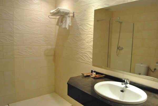 Hotel Pictures: Motel Cancun Oviedo, Llanera