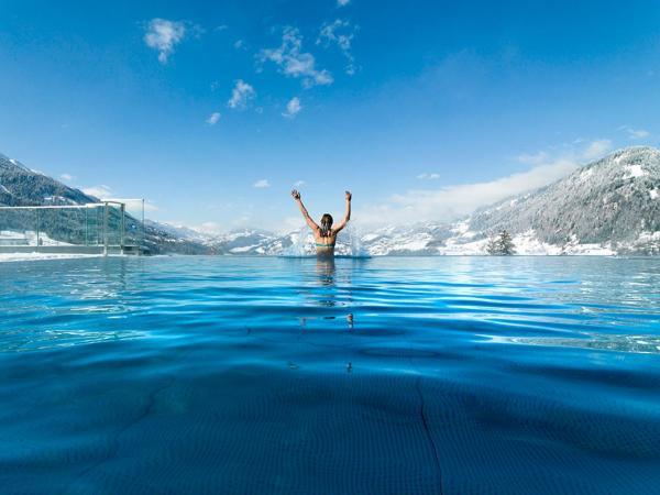 Hotel Pictures: Alpina Family, Spa & Sporthotel, Sankt Johann im Pongau
