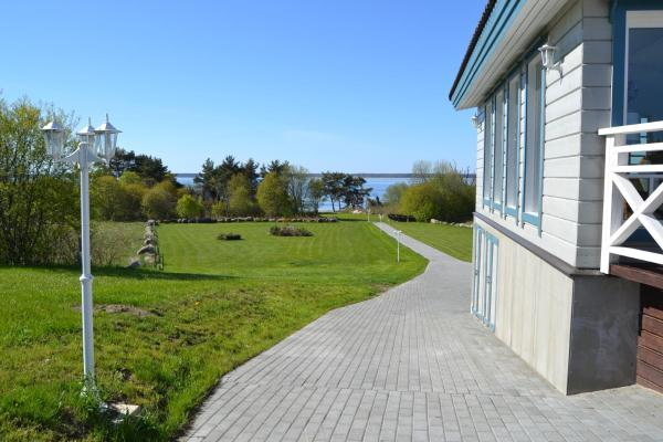 Hotel Pictures: Taimela Holiday Home, Lohusalu