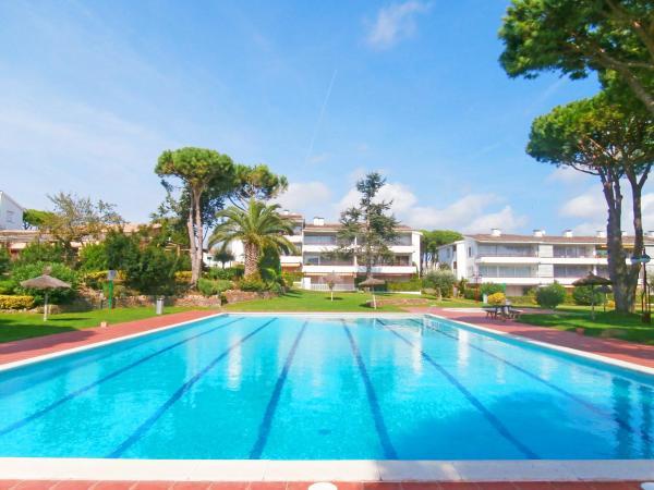 Hotel Pictures: Apartment Calella Park 10B, Llafranc