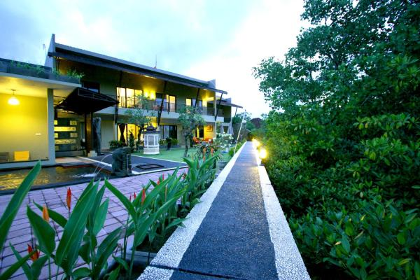 Hotel Pictures: Bali Le'Mare, Jimbaran