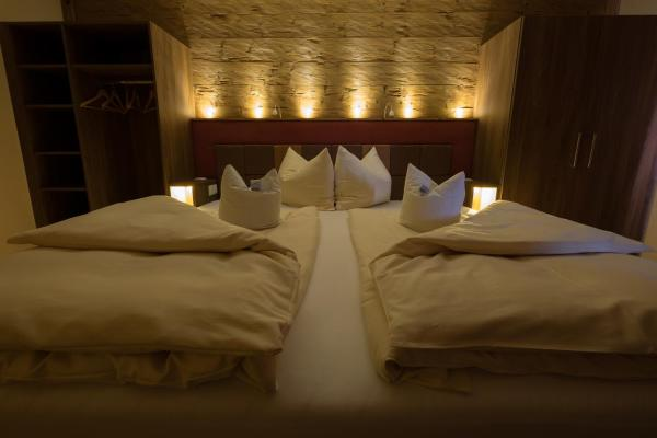 Hotel Pictures: Landgasthof Zum Lang, Gottsdorf