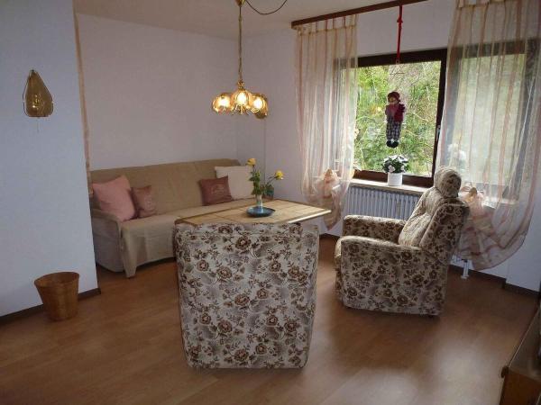 """Hotel Pictures: Ferienwohnung """"Obelix"""" am Kurpark, Bad Bellingen"""