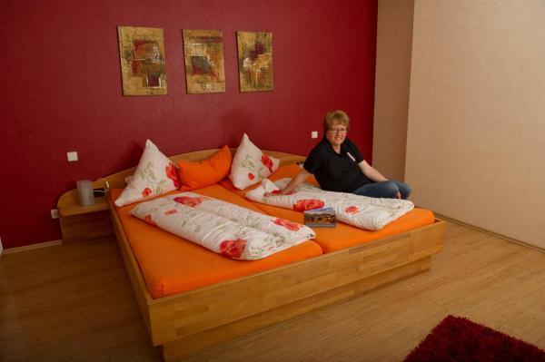 Hotelbilleder: Weingasthaus Wisser, Billigheim-Ingenheim