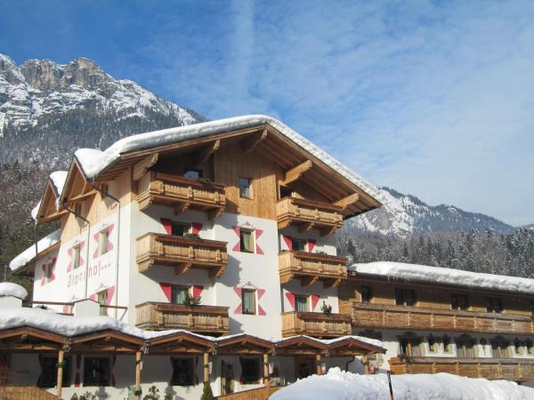 Hotel Pictures: Gasthof Alpenhof Mariastein, Mariastein