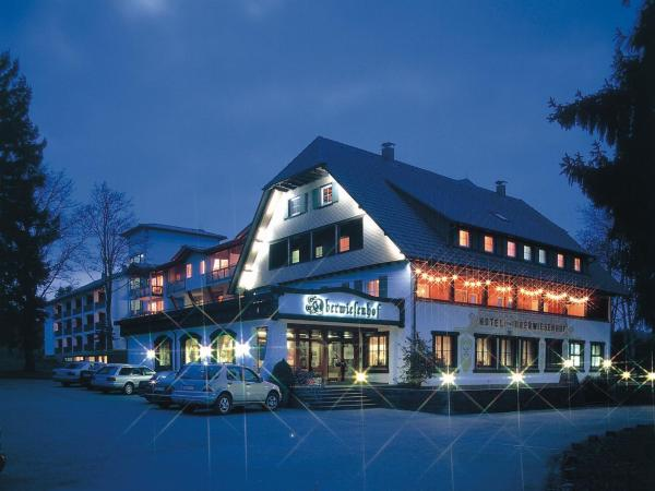 Hotel Pictures: Schwarzwaldhotel Oberwiesenhof, Seewald