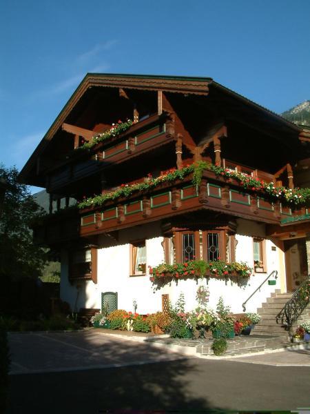 Zdjęcia hotelu: Gästehaus Vier Jahreszeiten, Mayrhofen