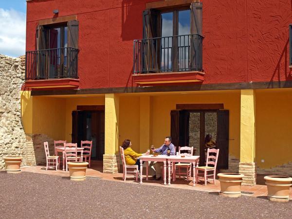 Hotel Pictures: Casa Arrieta, Castejón de Valdejasa