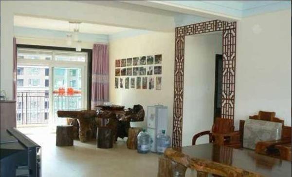 Hotel Pictures: Xiaojuan Family Inn Shi'er Cheng, Jinghong