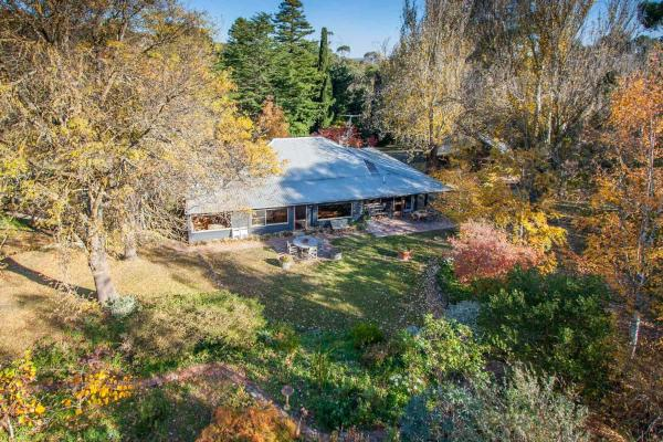 Фотографии отеля: Braeside Mount Macedon Country Retreat Bed and Breakfast, Mount Macedon