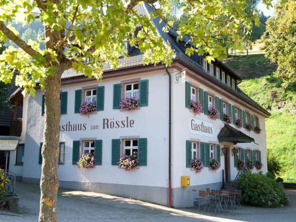 Hotelbilleder: Gasthaus zum Rössle, Bollschweil
