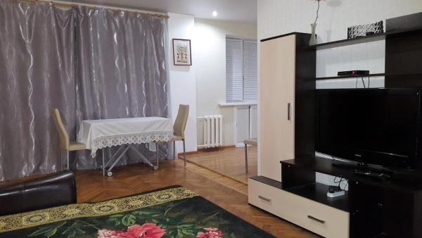 Hotellbilder: Apartment Kommunisticheckaya 18a, Volgograd