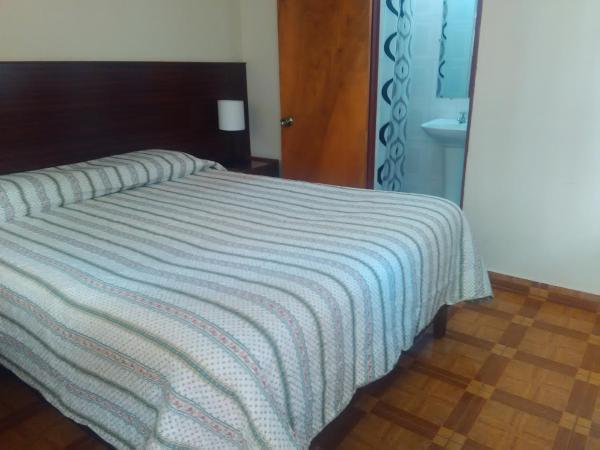 Hotel Pictures: Hostal El Loa, Calama