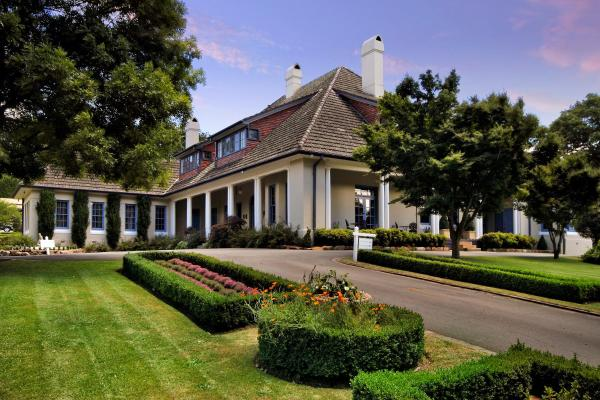 Hotel Pictures: Peppers Manor House, Sutton Forest