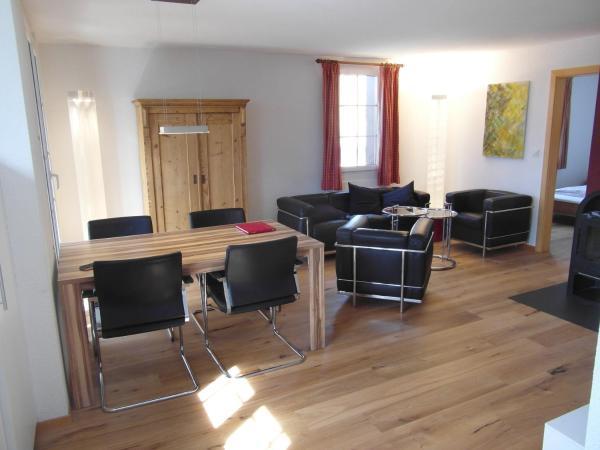 Hotel Pictures: Eusi Perla - Lauchernalp, Wiler