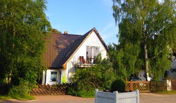 Hotel Pictures: Duenen-Hus am Strand, Dierhagen