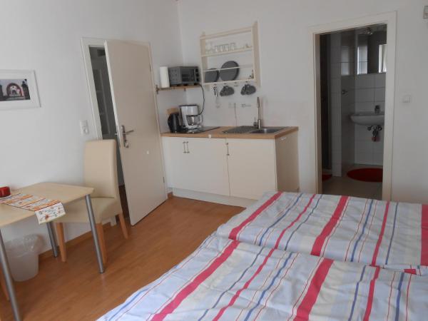 Hotel Pictures: Main(schlaf)erlebnis, Karlstadt