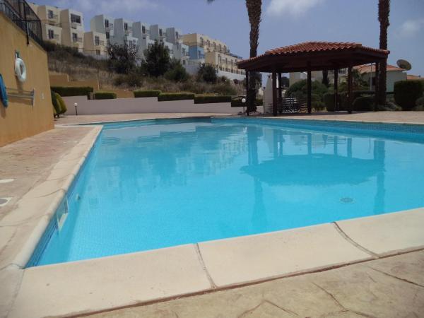 Hotel Pictures: Skoutari Apartment, Peyia