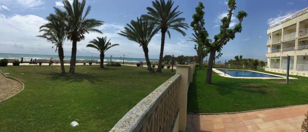 Hotel Pictures: Cubelles Sea Side, Cubelles
