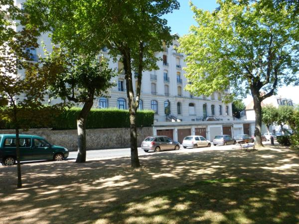 Hotel Pictures: , Néris-les-Bains