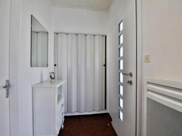 """Hotel Pictures: Rental Villa Sion Sur L'Ocean """"La Plage"""", Saint-Hilaire-de-Riez"""