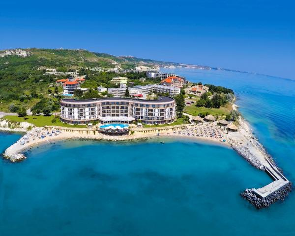 Hotel Pictures: Royal Bay Aparthotel, Kavarna