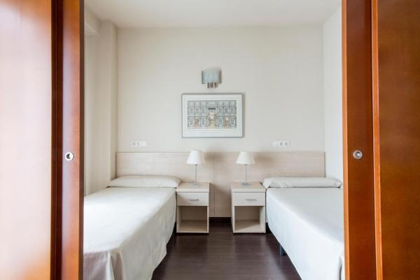 Hotel Pictures: , Alcalá de Henares