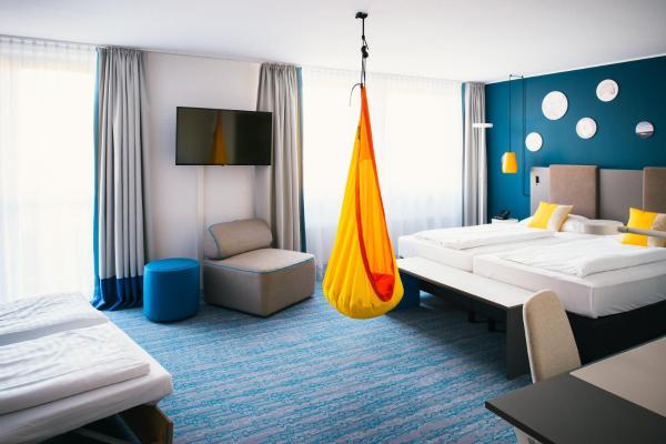 Hotel Pictures: Vienna House Easy Günzburg, Günzburg