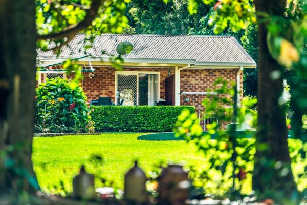 Zdjęcia hotelu: Alarks Nest Bed and Breakfast, Coffs Harbour