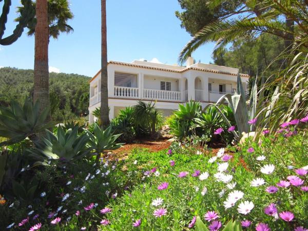 Hotel Pictures: Casa Alta, Sant Llorenç de Balafia
