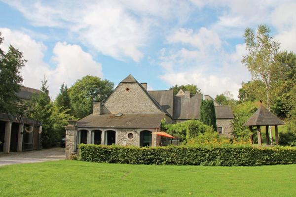 Hotelbilleder: Holiday home Le Beau Moulin, Maredsous