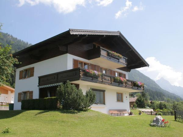 Hotel Pictures: Apartment Pillersee Sud 1, Sankt Jakob in Haus