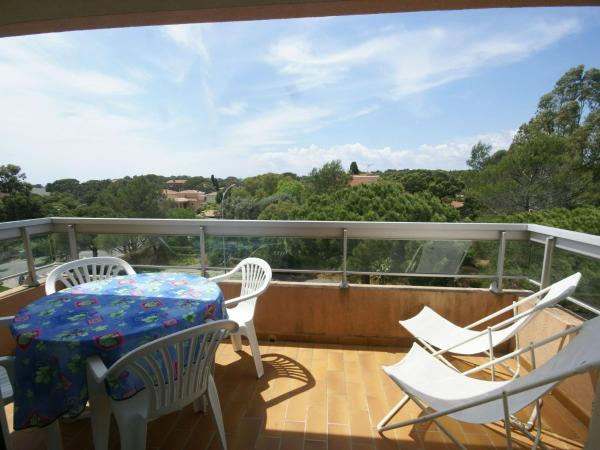 Hotel Pictures: Apartment Studio - Boulouris III, Boulouris-sur-Mer