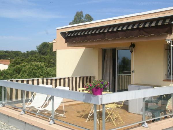 Hotel Pictures: Apartment Studio - Boulouris II, Boulouris-sur-Mer