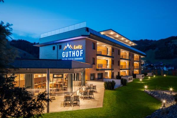 Фотографии отеля: Ferienwohnungen Guthof, Schattwald