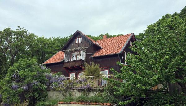 Hotelbilleder: Ferienwohnung Teufelsmauer 'Waldhaus', Blankenburg