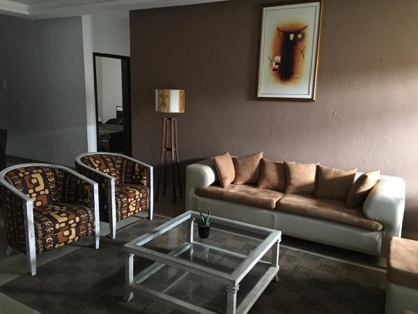 Hotel Pictures: Attoban 1, Abidjan