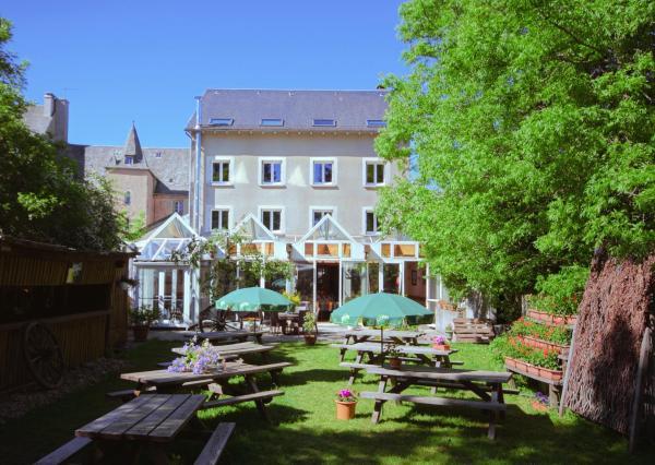 Hotel Pictures: Hotel L'Aubrac, Laguiole