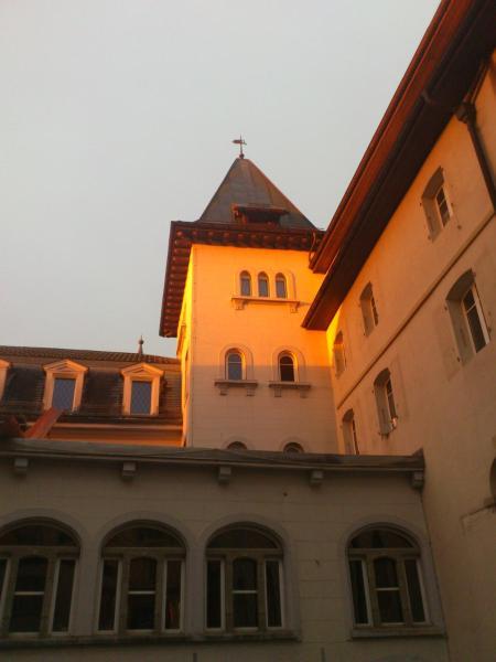 Hotel Pictures: Hôtel d'Espagne, Sainte-Croix