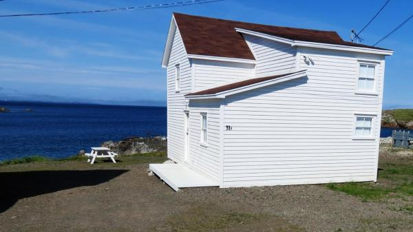 Hotel Pictures: The Old Salt Box Co. - Aunt Glady's, Fogo