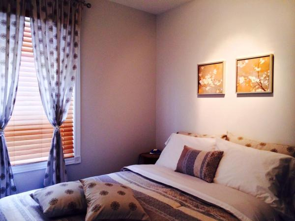 Hotel Pictures: Auberge/Condotels Centre de Villégiature Pied du Mont Édouard, L'Anse-Saint-Jean