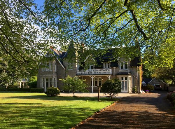 Hotel Pictures: Struan Hall, Aboyne