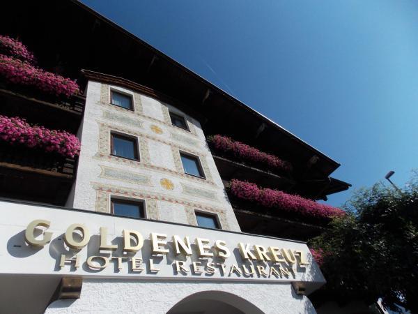 Hotelbilleder: Hotel Goldenes Kreuz, Tannheim
